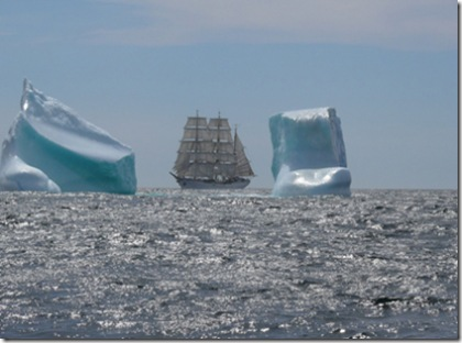 GORCH FOCK sailing past icebergs August 2007