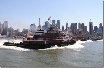 NYC Tug Boat Race 07 by Will Van Dorp