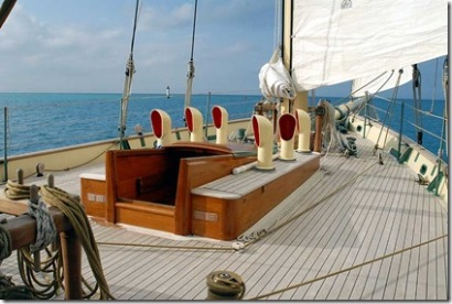Spirit of Bermuda - foredeck 1